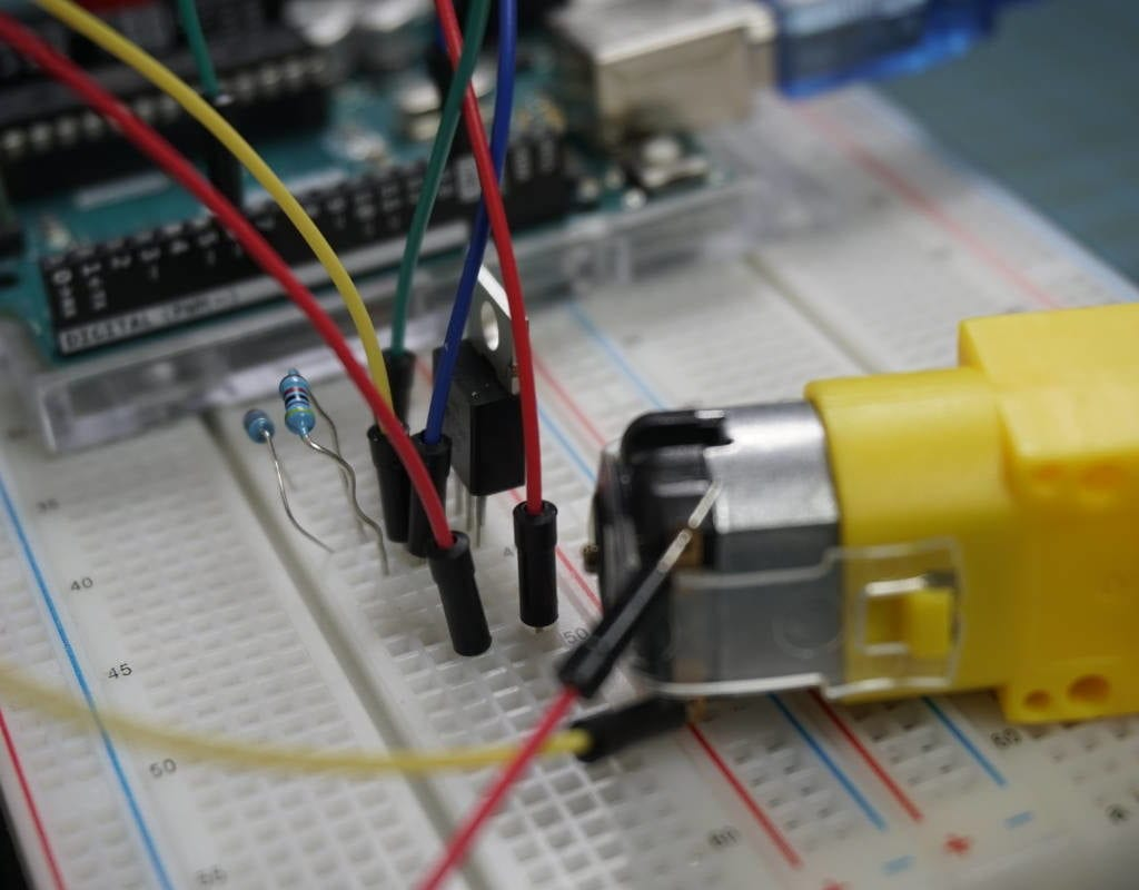 Control DC Motor without IC thumbnail
